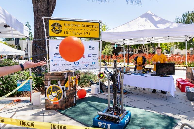16 juillet 2019 Mountain View/CA/Etats-Unis - équipe 971 de Spartan Robotics FRC une équipe de robotique de lycée pour la haute a photographie stock