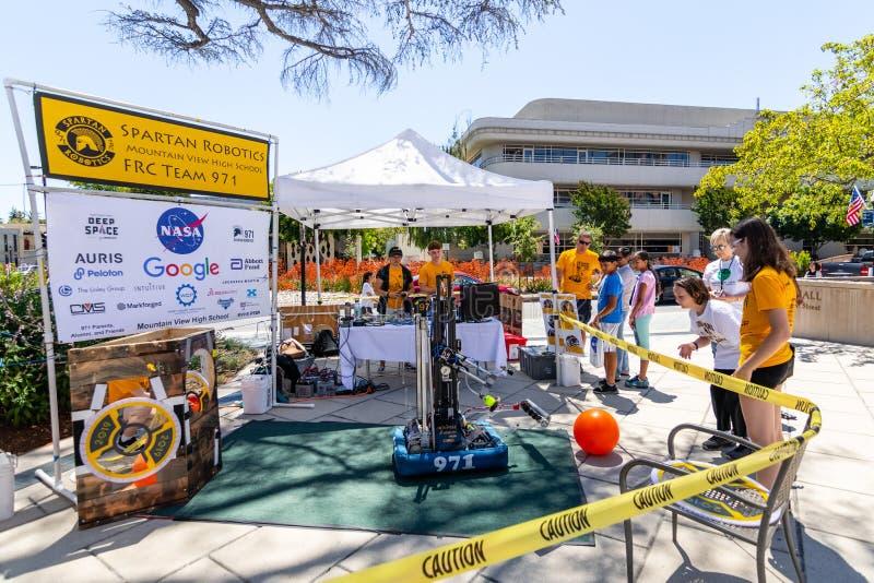 16 juillet 2019 Mountain View/CA/Etats-Unis - équipe 971 de Spartan Robotics FRC une équipe de robotique de lycée pour la haute a photos stock