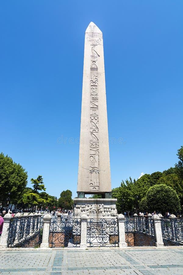 19 JUILLET 2017 : Obélisque de Theodosius Dikilitas dans Sultanahmet Istanbul, Turquie images stock