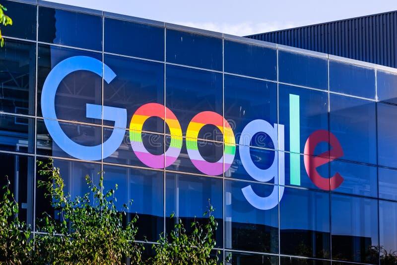 8 juin 2019 Mountain View/CA/Etats-Unis - logo de Google montré dans le campus de la société dans Silicon Valley images stock