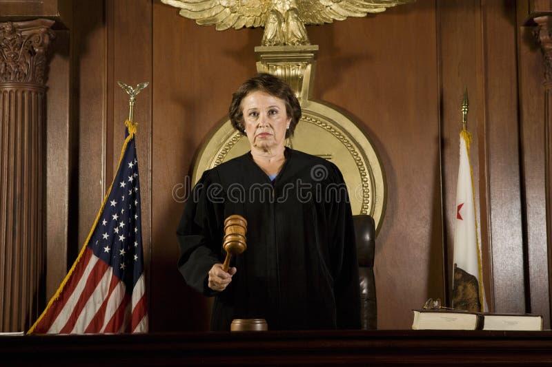 Juiz Forming um julgamento fotos de stock royalty free
