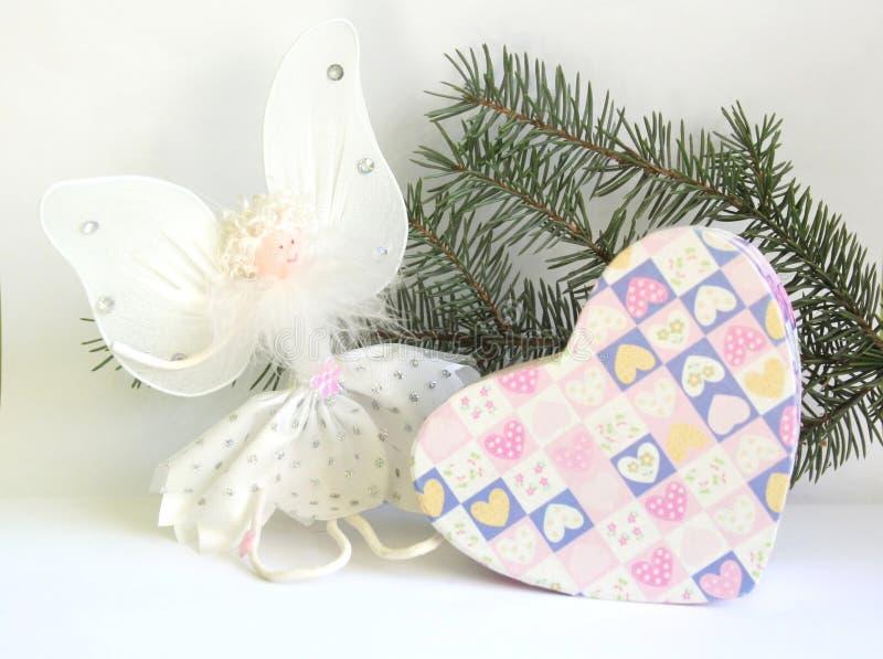 Download Jul fotografering för bildbyråer. Bild av present, pinewood - 27283149