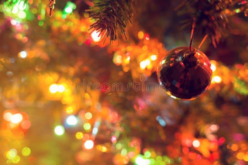 Jul bakgrund, defocused ljus för bildsuddighetsbokeh arkivfoton