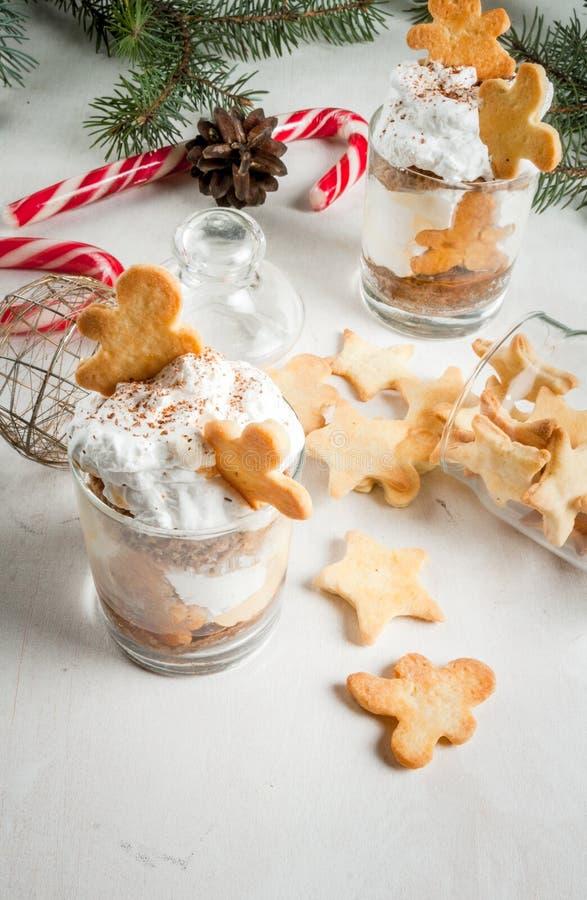 Jul efterrätt, Ginger Trifle royaltyfri fotografi