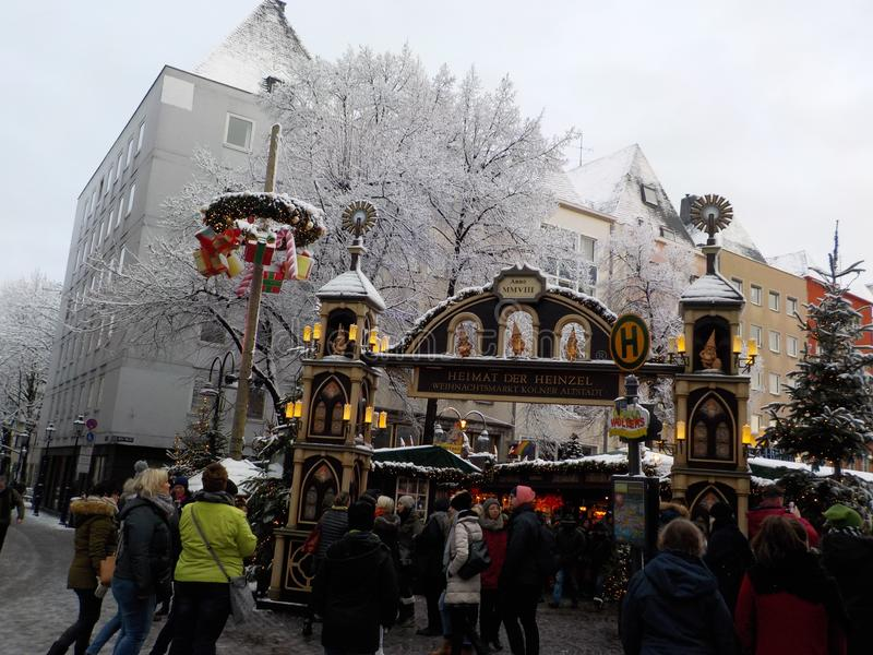 Jul i cologne, germany Julmarknader royaltyfri bild