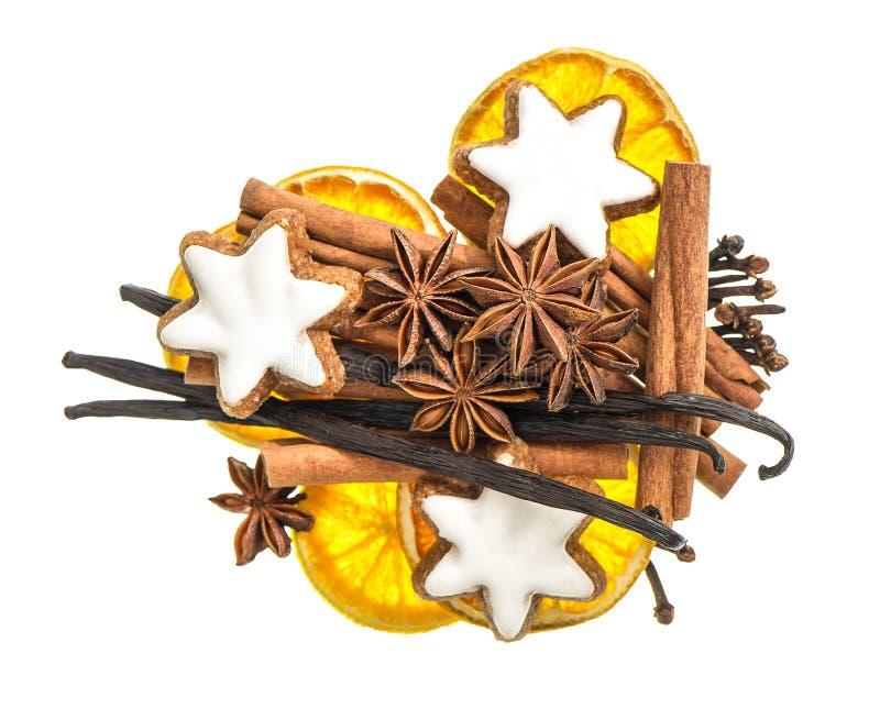 Jul mat och kakakryddor Mulled wineingredienser arkivbilder