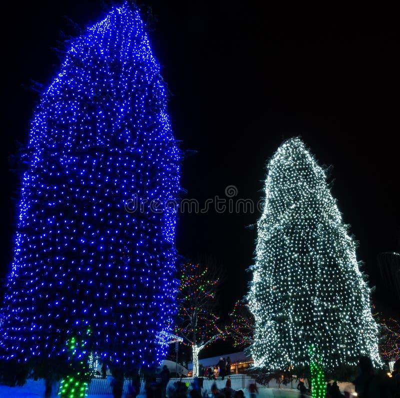 Jul tänder upp i Leavenworth, WA arkivfoton