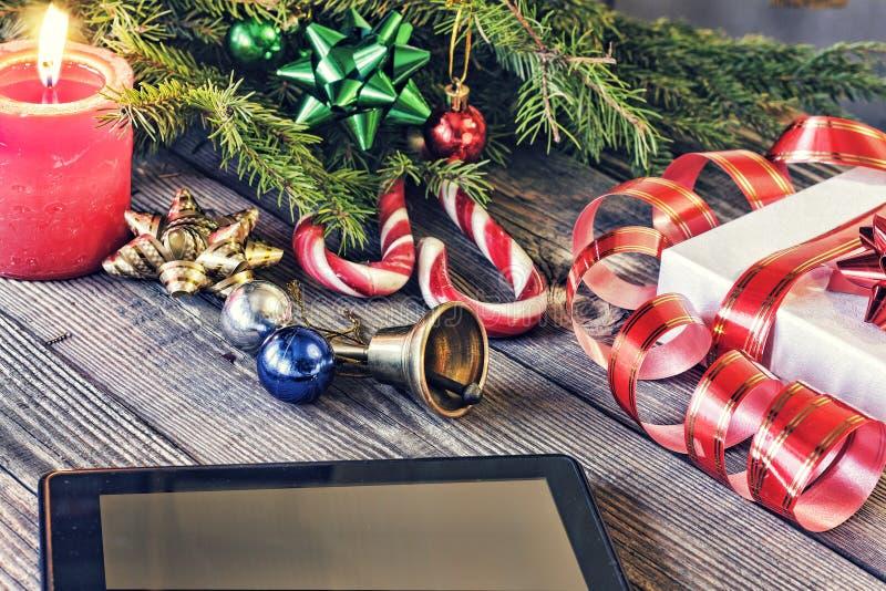 Jul träd, garnering, minnestavla, bakgrund, beröm, girland, dekor, gran, gåva, ferie som är glad, design som är festlig, xmas, Co arkivfoton