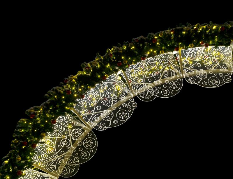Julbelysning på natten royaltyfria bilder