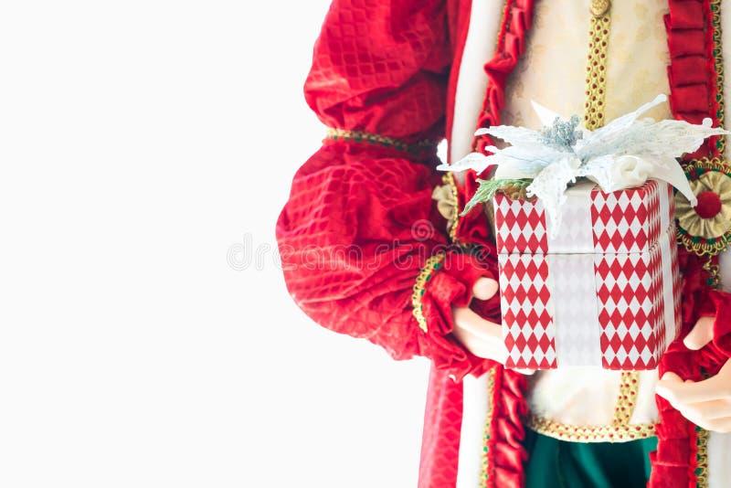 julclaus gåvor santa Lyckliga Santa Claus rymmer G arkivfoton