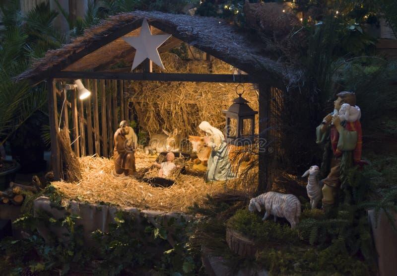 Julcreche med Joseph Mary och Jesus arkivbild