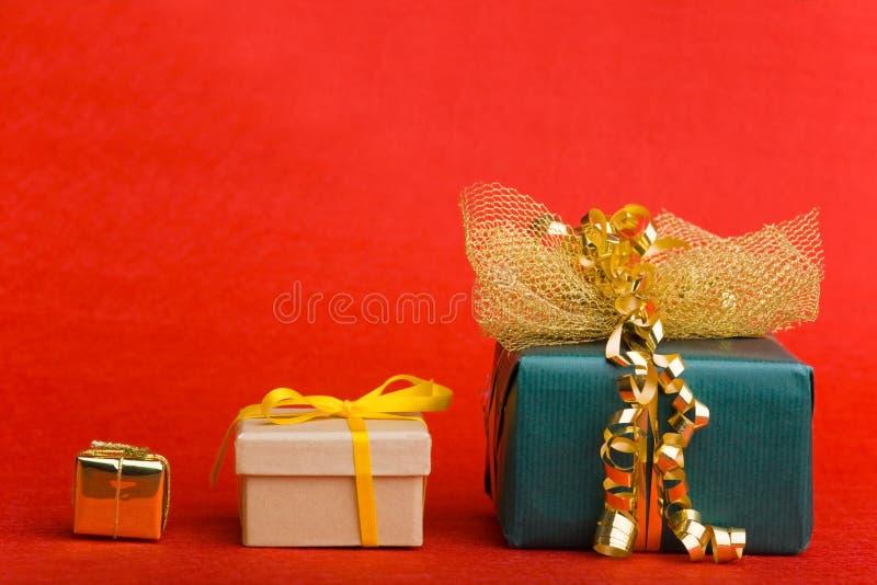julgåvor tre royaltyfri bild