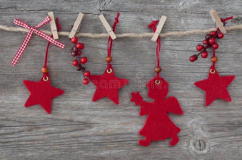 Download Julgarnering fotografering för bildbyråer. Bild av klädnypa - 27275985