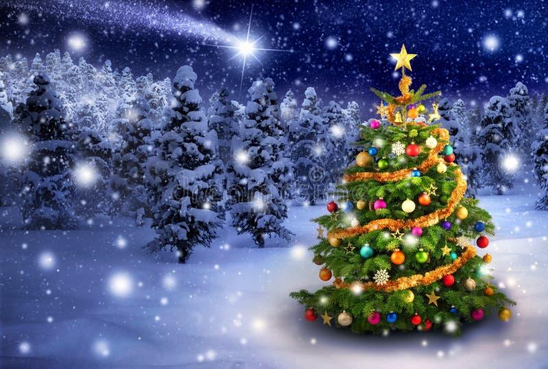 Julgran i snöig natt royaltyfri fotografi
