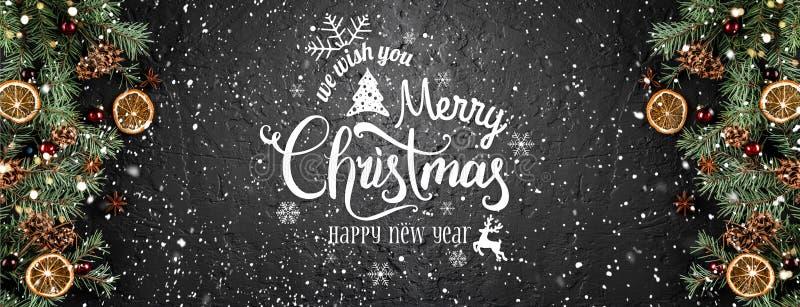 Julgranfilialer med röda garneringar och kryddor på mörk svart bakgrund Kort för Xmas och för lyckligt nytt år Lekmanna- lägenhet vektor illustrationer