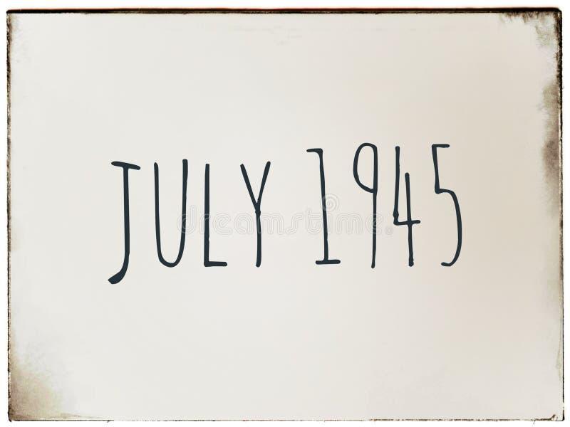 Juli 1945 Datum an einem Weinlesehintergrund stock abbildung