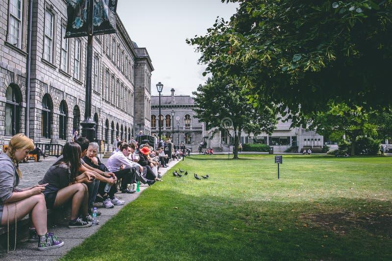 Juli 26, 2011, Dublin, Ierland - Drievuldigheidsuniversiteit, officieel de Universiteit van de Heilige en Onverdeelde Drievuldigh stock foto's