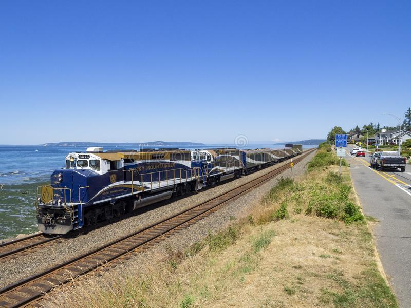 14. Juli 2018; Edmonds, WA, USA; RMRX 8013 GP40-2LW lizenzfreies stockbild