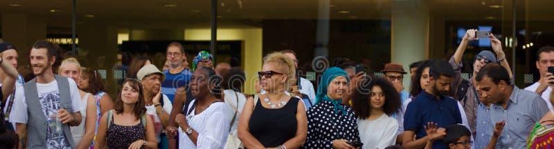 21 Juli 2018 - London, F?renade kungariket: ?h?rare p? festivalen f?r Afrika utopimusik p? London Southbank fotografering för bildbyråer