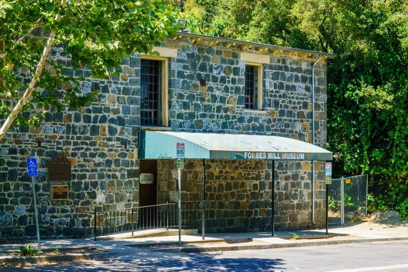 30 juli, 2018 Los Gatos/CA/de V.S. - Ingang aan Forbes Mill Museum in de overblijfselen van historisch Forbes Flour Mill wordt ge royalty-vrije stock foto