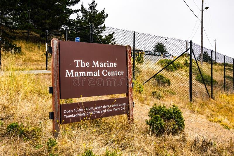 4 juli, 2019 Sausalito/CA/de V.S. - Marine Mammal Center in Marin Headlands in baai die de Noord- van San Francisco wordt gevesti royalty-vrije stock afbeeldingen