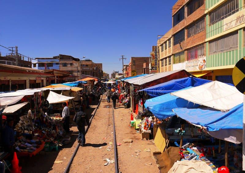 Juliaca Failway mercado de pulgas Perú 15 de septiembre de 2013/el Juliac foto de archivo