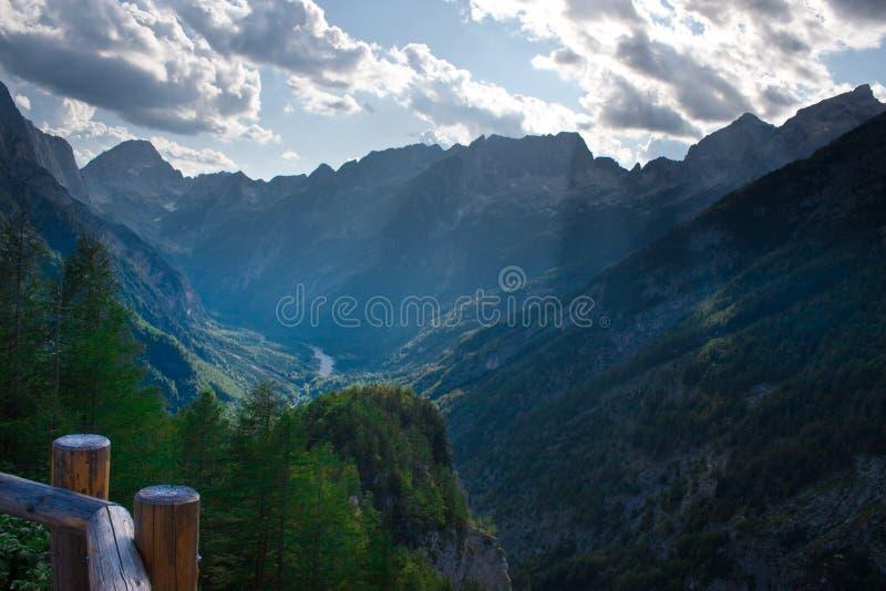 Julianische Alpen in Slowenien stockfotografie