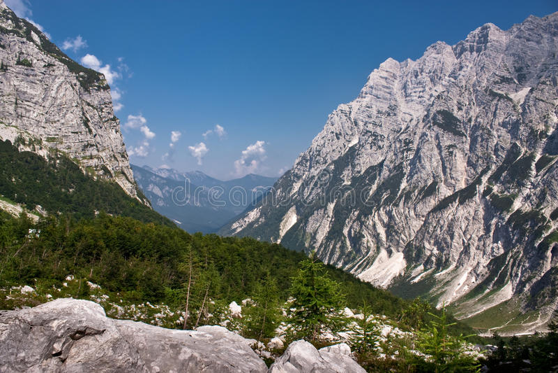 Julianische Alpen in Slowenien stockbild