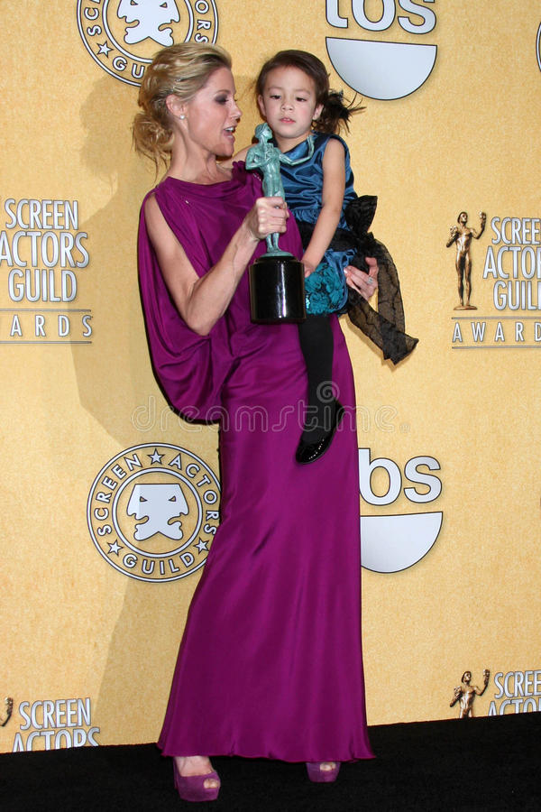 Download Julie Bowen, Aubrey Anderson-Emmons Editorial Stock Photo - Image: 23272838