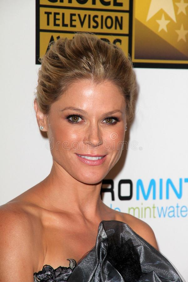 Julie Bowen at the Second Annual Critics  Choice Television Awards, Beverly Hilton, Beverly Hills, CA 06-18-12