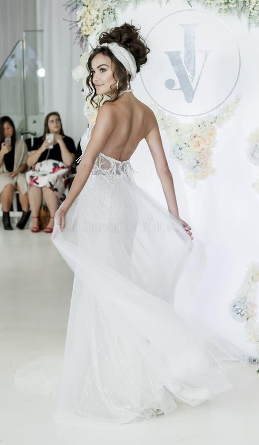Julie Vino FW18 Bridal obraz stock