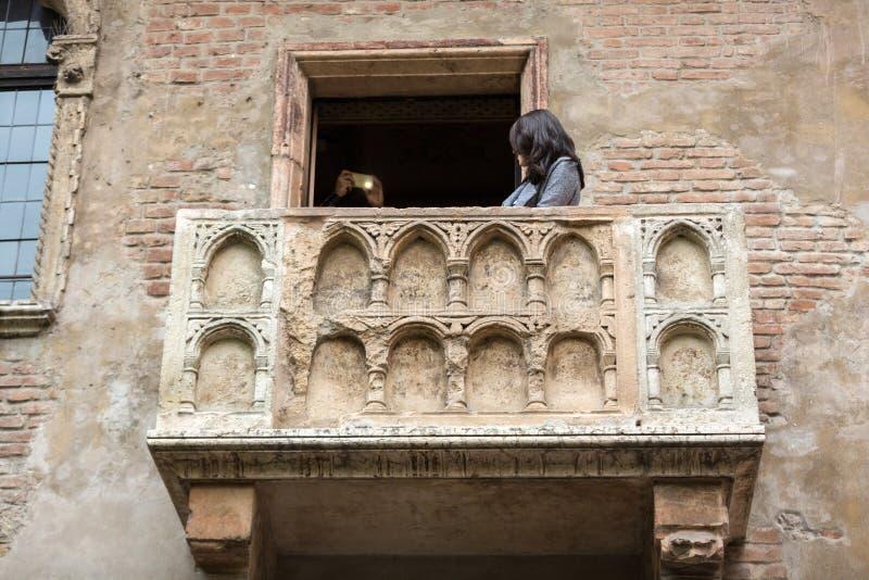 Juliet balkong i Verona Charmöret och Juliet är en tragedi som är skriftlig vid William Shakespeare Detta ställe är den huvudsakl royaltyfri foto