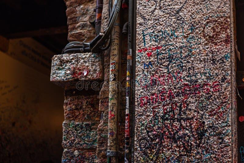 Juliet stylu 1300s Domowy dom i muzeum z kamiennym balkonem, powiedzieliÅ›my inspirować Romeo i Juliet jest tragadia zdjęcie stock