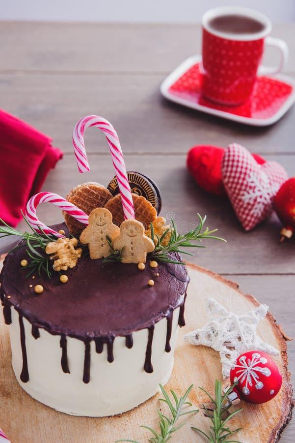 Julkaka och varm choklad arkivbilder