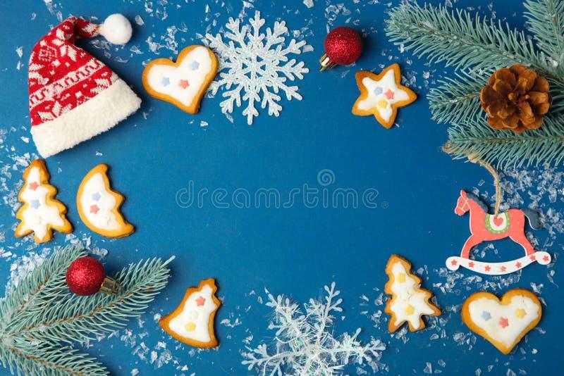 Julkakor med vit glasyr arkivfoto