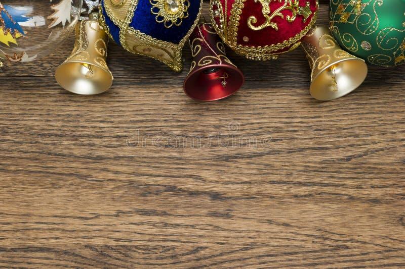 Julleksaker på trä arkivfoton