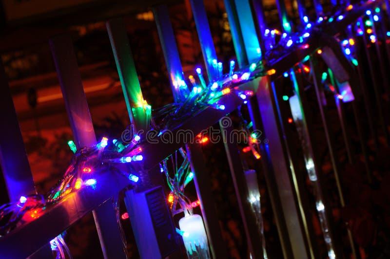 Julljus på balkong fotografering för bildbyråer