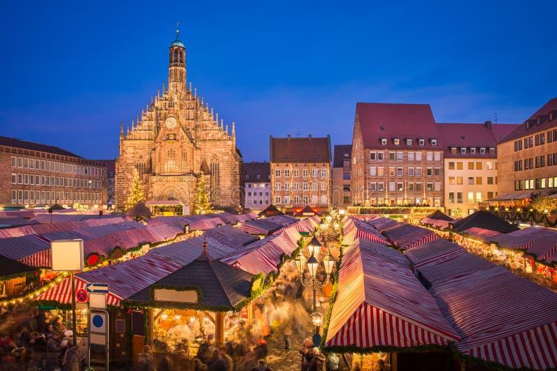 Julmarknad i Nuremberg, Tyskland arkivbild
