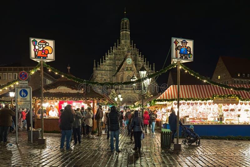 Julmarknad i Nuremberg, Tyskland royaltyfri foto