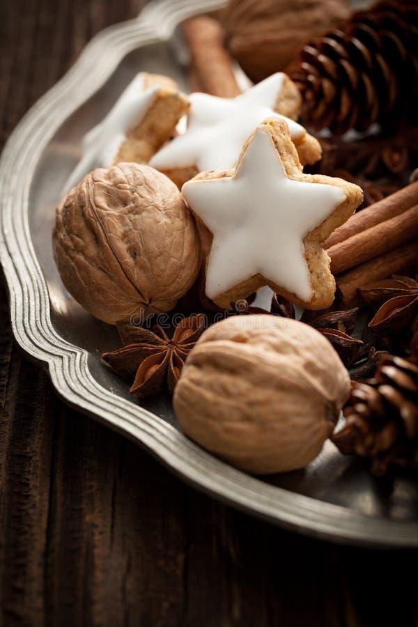 Julmat på plattan royaltyfri foto