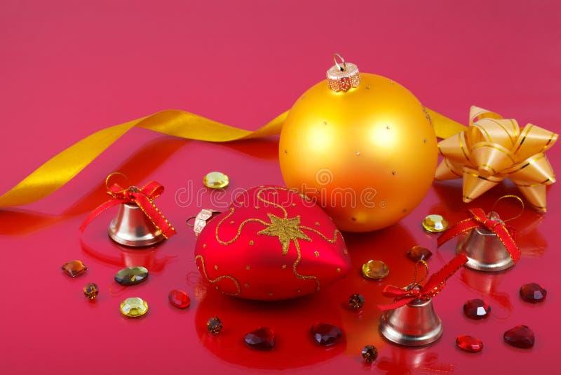 Julpynt med ädelstenar arkivfoto