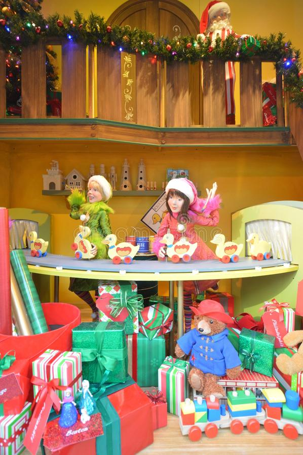 Jultomten arbetsrum fotografering för bildbyråer