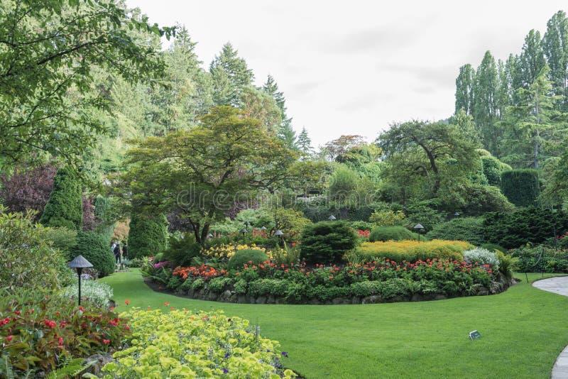 2016-July-16: Parte del giardino incavato nei giardini di Butchart individuati fotografia stock
