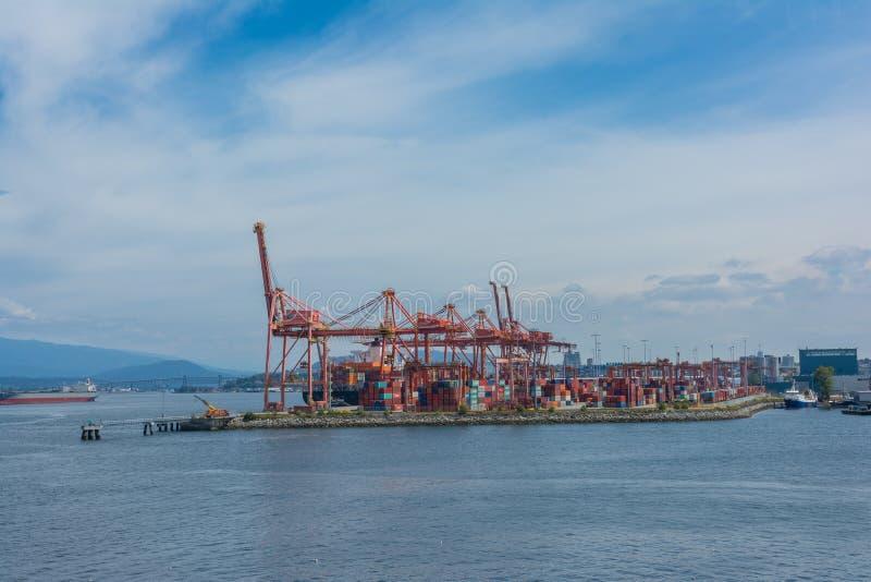 2016-July-17: Vista de la terminal de contenedores de Centerm situada en Vanc fotografía de archivo libre de regalías