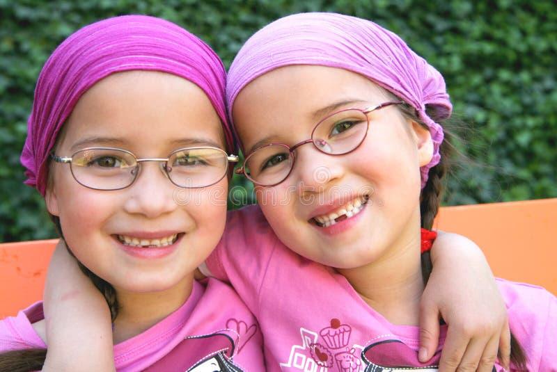 Jumeaux vrais image stock