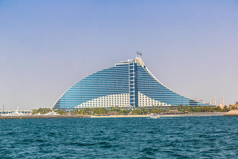 jumeirah гостиницы Дубай пляжа стоковые изображения