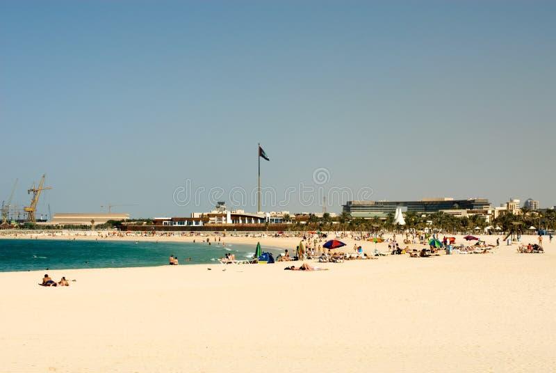 Download Jumeirah Дубай пляжа стоковое изображение. изображение насчитывающей красивейшее - 18393379
