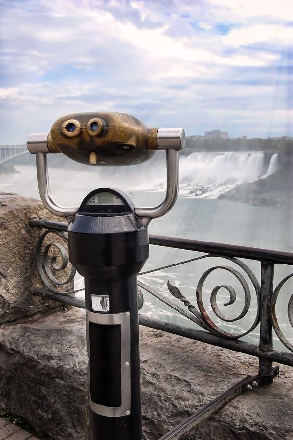 Jumelles de touristes photo libre de droits