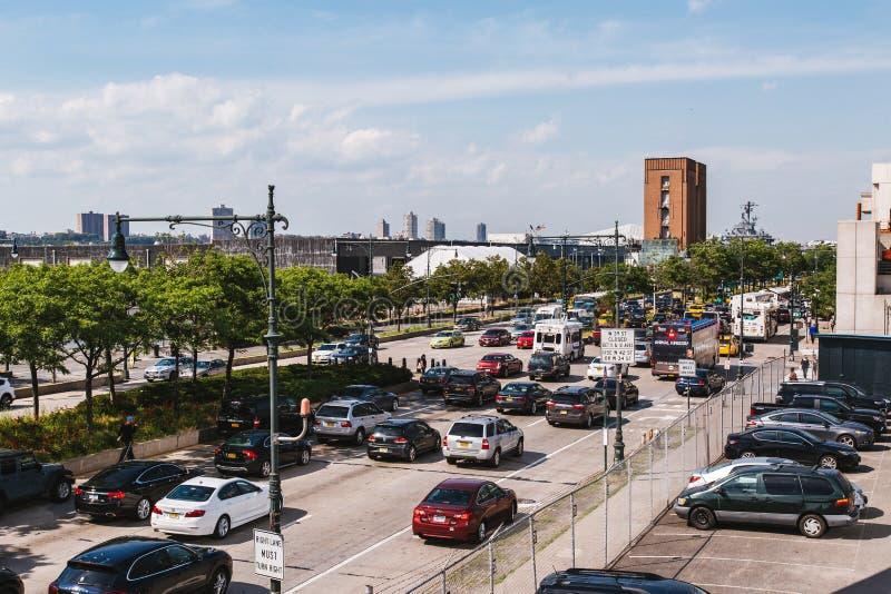 Jun 22, 2017 Ciężki traffice na hudsonu Greenway, Nowy Jork U fotografia royalty free