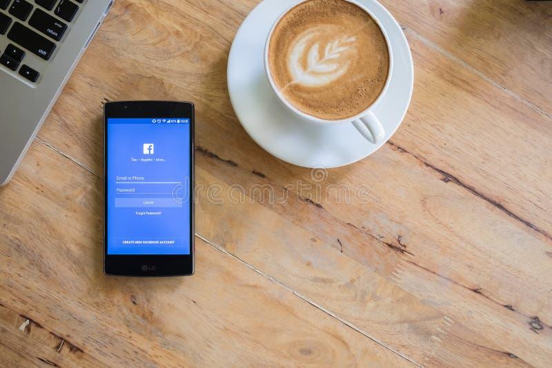 JUN 19, 2016: Het scherm geschoten Facebook royalty-vrije stock afbeelding